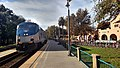 Eastbound California Zephyr at Davis station, November 2017.jpg