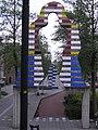 Ede - Kunstwerk van Snoeck en Trapman bij entree Stadspoort (oost) (cropped).jpg
