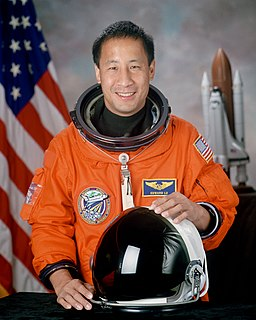 Ed Lu American physicist and astronaut