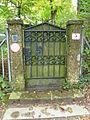 Eingangstür zum Paschinger Schlössl.jpg