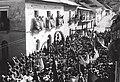 El poeta Javier del Granado ante una multitudinaria concentración campesina que se realizó en Arani, municipio rural en el Valle Alto de Cochabamba, 1943.jpg