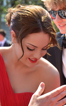 Description de l'image  Elizabeth Gillies 2012.jpg.