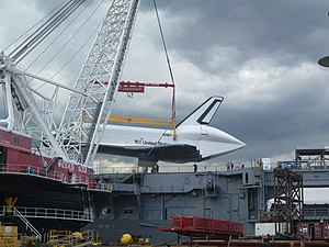 Enterprise touchdown Intrepid fr Pier 84 jeh.jpg