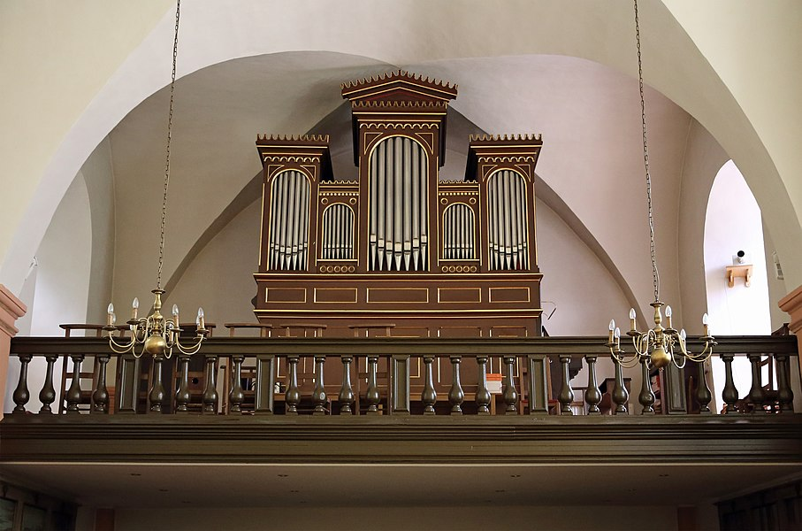Esch-sur-Sûre (Grand Duchy of Luxembourg): interior of the Nativity of the Virgin Mary church - pipe organ