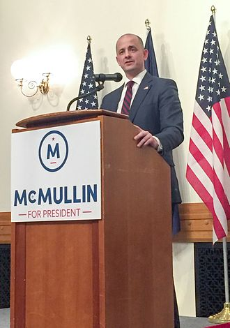 Evan McMullin - McMullin campaigning for president in Provo.