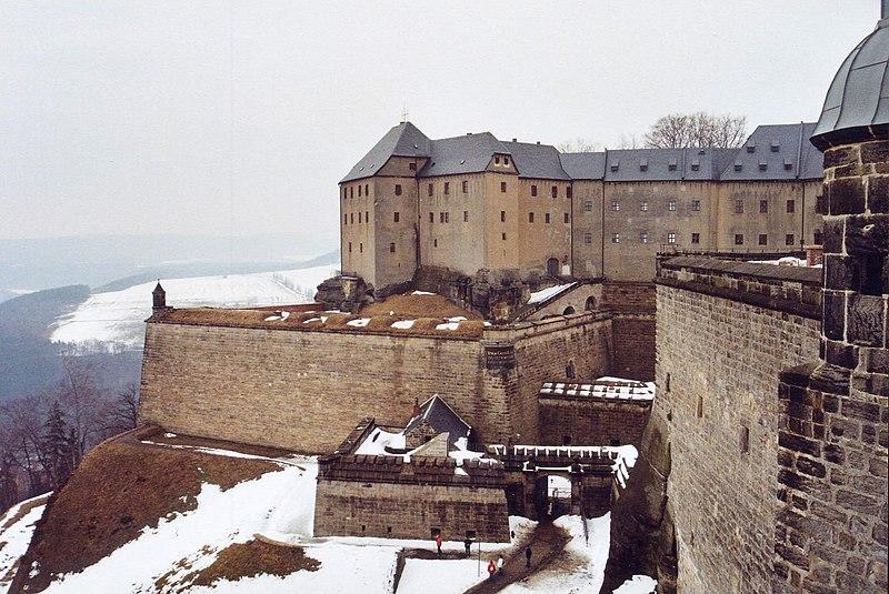 File:Festung Königstein - Georgenburg (1) 2006-03-25.jpg