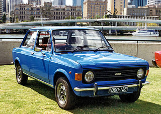 Fiat 128 2 door Graham Ruckert.jpg