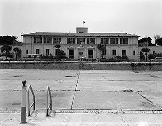 Fleishhacker Pool - Fleishhacker Pool and Bath House (closed) (1979)