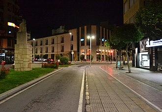 Gandia - Image: Gandia, avinguda del marqués de Campo de nit