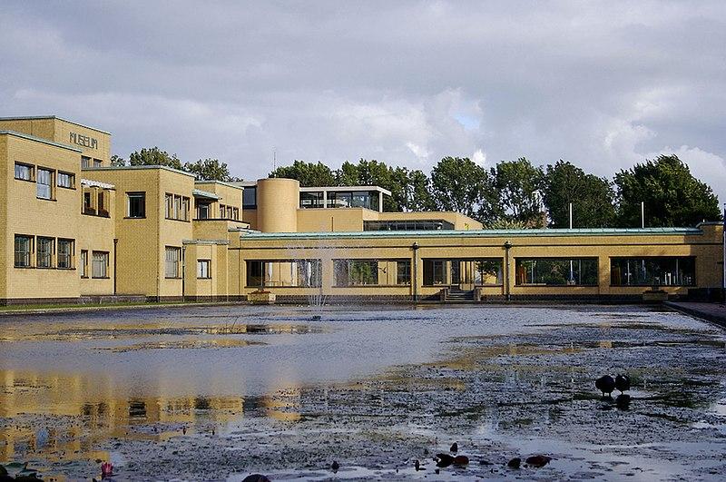 File:Gemeentemuseum1.jpg