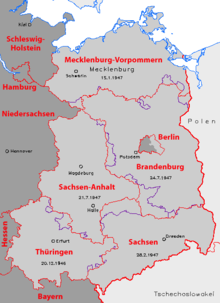 Frontières des cinq «Länder» est-allemands de 1947 à 1952 (traits violets) et après la réunification en 1990 (traits rouges).
