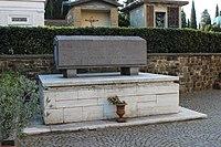 Giovanni Papini's grave in Cimitero delle Porte Sante (Florence).jpg