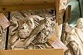 Gipsmodelle Wiener Historismus Hofburg-Keller 2015 Emblem Naturhistorisches Museum.jpg