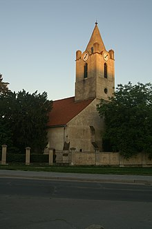 Gothic church, Samorin.jpg