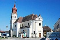 GuentherZ 2011-07-09 0277 Goellersdorf Pfarrkirche.jpg