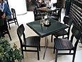 HK TSW 天水圍 Tin Shui Wai 天恩路 Tin Yan Road 嘉湖銀座 Kingswood Ginza mall restaurant 美心香港地 Maxim's Hong Kong Day furniture table n chairs Dec 2016 Lnv2.jpg