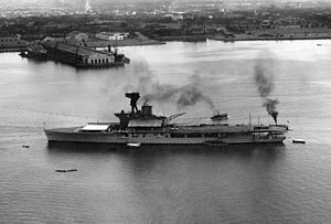 HMS Hermes (95) - HMS Hermes at Pearl Harbor, circa 1924