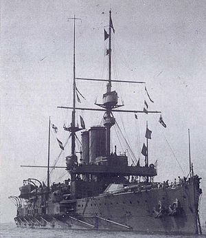 HMS King Edward VII (1903) in early 1907.jpg