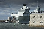 HMS QUEEN ELIZABETH LEAVES PORTSMOUTH FOR HELICOPTER TRIALS MOD 45163789.jpg