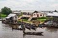 Habitation à Ganvié Benin.jpg