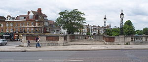 Molesey - Hampton Court Bridge and East Molesey Riverbank