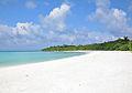 Hanimaadhoo - beach 01.jpg