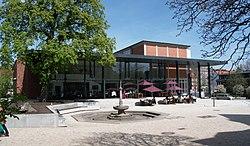 Harburg.helmsmuseum.vorplatz.wmt.jpg