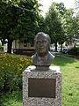 Hietzing Bezirksamt Hans Moser Denkmal.JPG