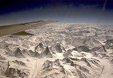 Himalayan mountains from air 001.jpg