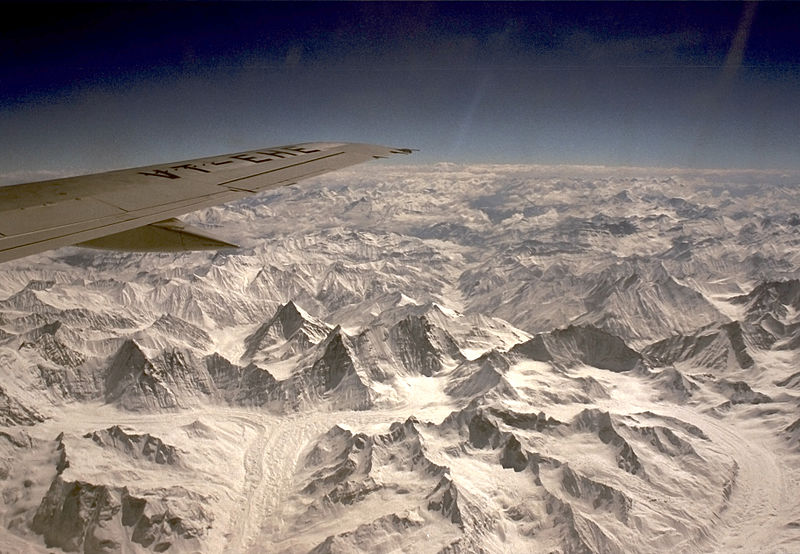 File:Himalayan mountains from air 001.jpg