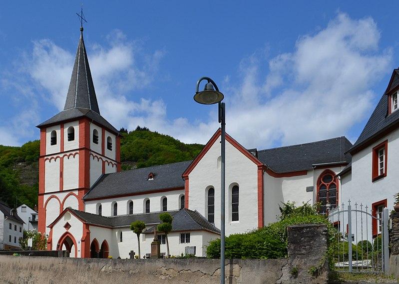 File:Hirzenach - Bartholomeüskerk v2.jpg