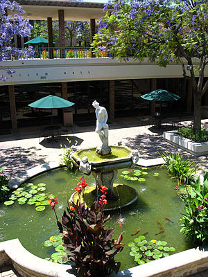 Harvey Mudd College - Galileo Hall and Hixon Courtyard