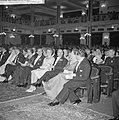 Hoge gasten in het publiek. vlnr. mevrouw Beerman , minister Beerman , mevrouw C, Bestanddeelnr 912-6036.jpg