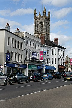 Honiton, W H Smith - geograph.org.uk - 1244170.jpg