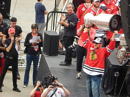 Hossa with the Stanley Cup in 2015 Hossa-cup-2015.jpg
