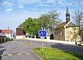 Hostivař, Selská, zvonice a kostel z ulice Mezi potoky.jpg