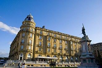 Siege of Cuartel de Loyola - Image: Hotel Maria Cristina San Sebastian