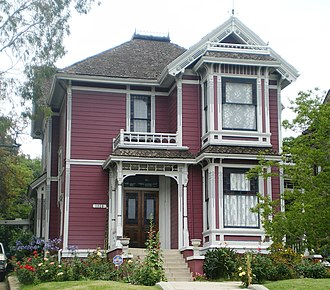 Charmed - The Victorian building filmed as the Halliwell Manor is located at Carroll Avenue in Los Angeles, California. In the series, the fictional manor is set in San Francisco.