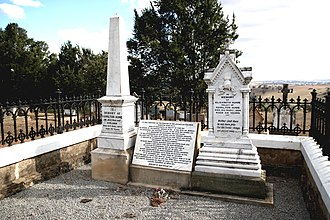 Hamilton Hume - Grave and memorial of Hume and his wife Elizabeth, Yass Cemetery.