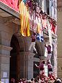 Igualada 2013 - Pilars - Terços dels pilars pujant al balcó.JPG