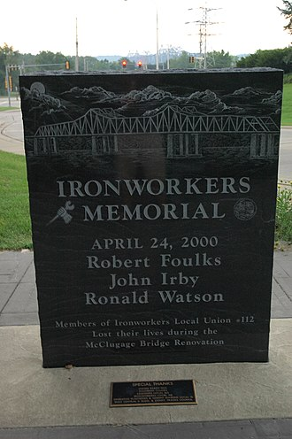 McClugage Bridge - Image: Ironworkers Memorial, Peoria, Illinois