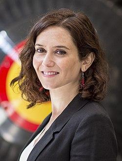 Isabel Díaz Ayuso visita un centro de FP Dual (33690566148) (cropped).jpg