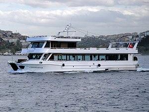 Istanbul Ausflugsschiff A. Ibrahim Kaptan (01).jpg