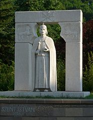 A statue of the king in Miskolc