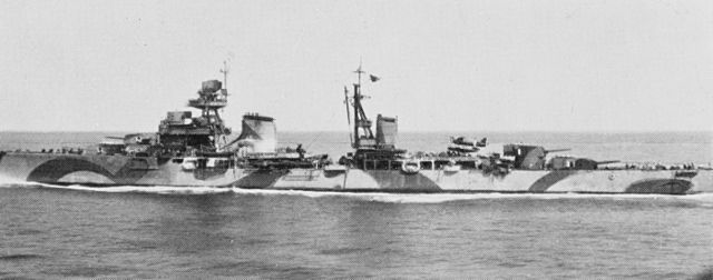 640px-Italian_light_cruiser_Luigi_Cadorna_surrendering_at_Malta_on_9_September_1943.jpg