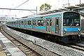 JR-West 205-1004 in Momoyama station.jpg