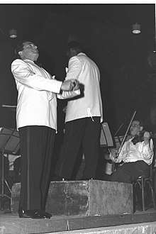 Jan Peerce 1950.jpg