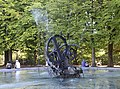Jean Tinguely Fontaine Jo Siffert Fribourg-6.jpg