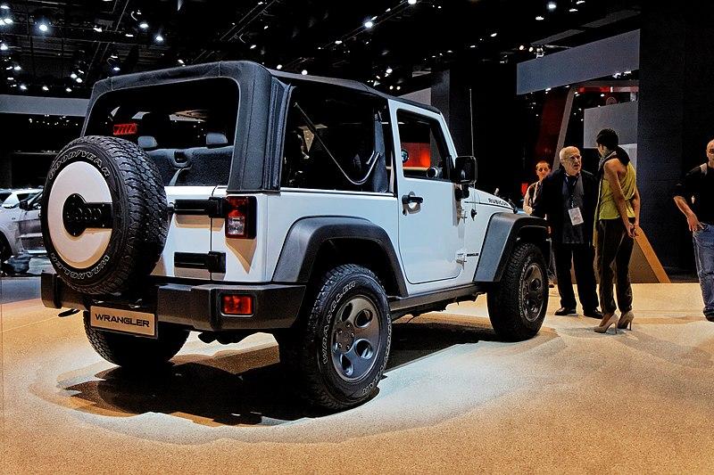 File:Jeep Wrangler - Mondial de l'Automobile de Paris 2012 - 001.jpg