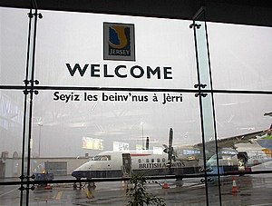 Jèrriais - Jersey Airport greets travellers with Welcome to Jersey in Jèrriais
